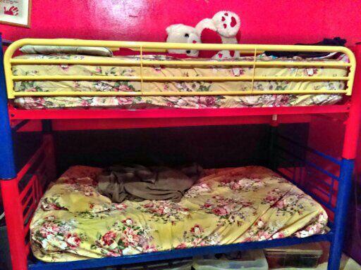 Bunk bed set MUST Go!
