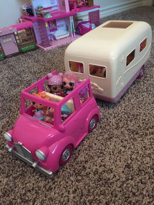 Jeep and RV with dolls for Sale in Frisco, TX