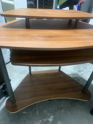 Corner desk multilevel great space saver w/ pull out keyboard tray for Sale in Fort Lauderdale, FL