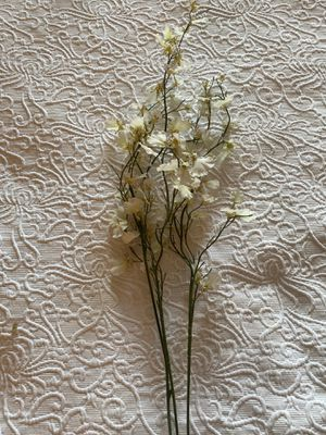 Decorative flowers for Sale in Atlanta, GA
