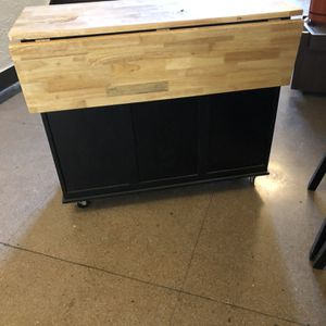Kitchen island for Sale in Brooklyn, NY