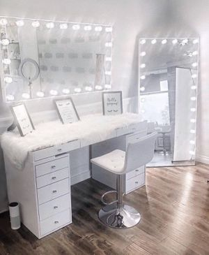 MAKEUP VANITY SLAYSTATION WITH DIMMABLE LIGHTS AVAILABLE IN DIFFERENT STYLES for Sale in Chino, CA