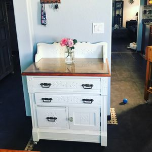 Farmhouse Kitchen cabinet for Sale in El Mirage, AZ
