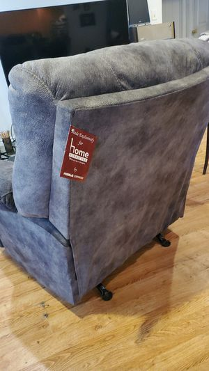Big recliner for Sale in Port Neches, TX