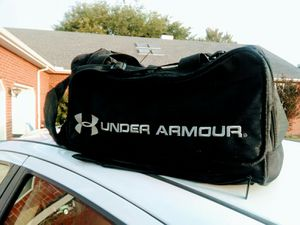 Under Armour duffle bag for Sale in Nashville, TN