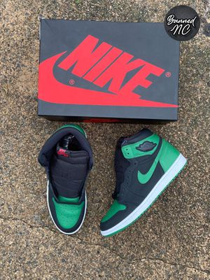 Jordan 1 Pine Green for Sale in Kernersville, NC