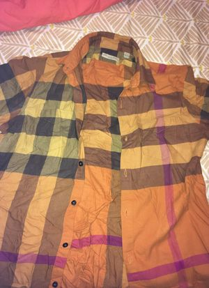 Orang Burberry button up for Sale in Bronx, NY