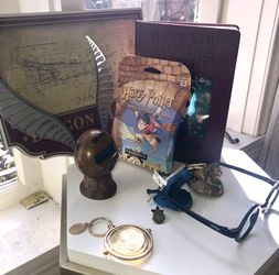 Harry Potter Collectibles Lot - Perfect Gift for Sale in Los Angeles,  CA
