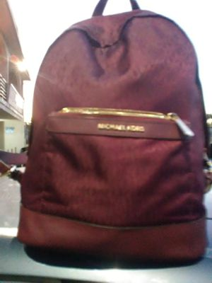 Micheal kors back pack for Sale in Richmond, CA