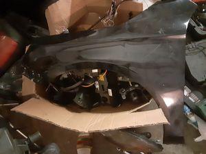 Infiniti G37 driver fender for Sale in Miami Gardens, FL