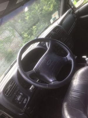 1998 Chevy Blazer for Sale in Chicago, IL