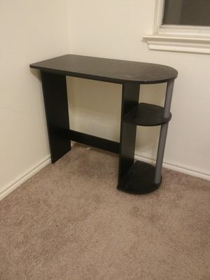 Small desk for Sale in Austin, TX