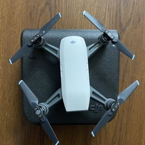 DJI Spark Drone Alpine White - Drone Only - Flying but camera not working for Sale in Baltimore, MD