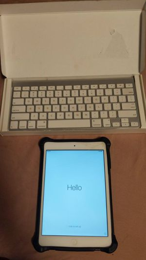 iPad mini 3 16gb with keyboard for Sale in Los Angeles, CA
