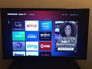 """MAGNAVOX ROKU 32"""" SMART TV for Sale in Brandon, FL"""