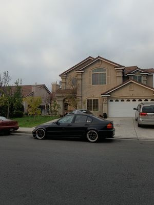 2004 bmw 325i 4dr e46 for Sale in Fresno, CA