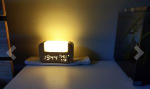 Wake-Up Light with Himalayan Salt for Sale in Queens, NY