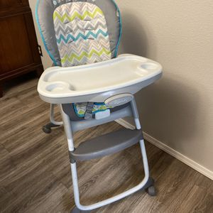 Ingenuity High Chair for Sale in Puyallup, WA