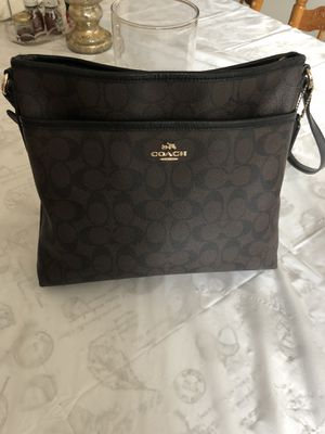 Coach Crossbody Handbag Authentic for Sale in Silver Spring, MD