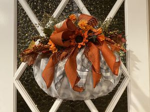Fall pumpkin wreath for Sale in Downey, CA