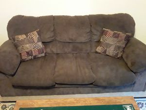 Brown couches for Sale in Moundsville, WV
