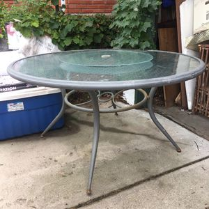 Outdoor glass top patio table for Sale in Lincoln, NE