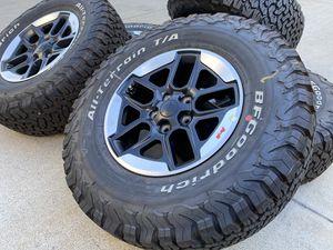 2020 Jeep Wrangler Rubicon wheels Gladiator BFGoodrich LT285/70r17 WITH SENSORS INCLUDED for Sale in Rancho Cordova, CA