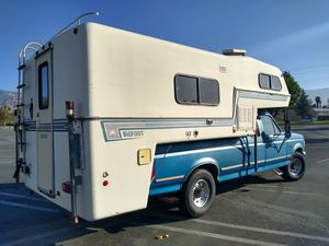 Camper for Sale in San Bernardino, CA