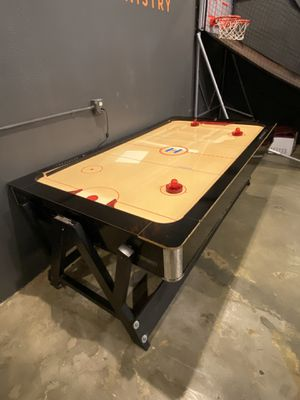Air hockey table for Sale in Fallbrook, CA