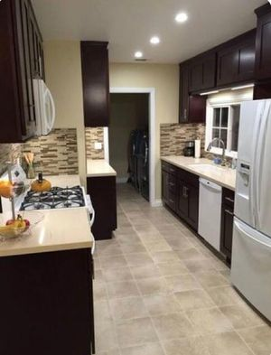 WOOD KITCHEN CABINETS AND COUNTERTOP RENOVATIONS for Sale in Miami, FL