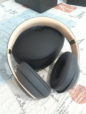 Beats Studio3 Wireless Headphones for Sale in Columbus, OH