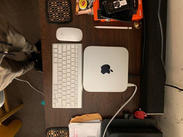 Mac Mini desktop computer