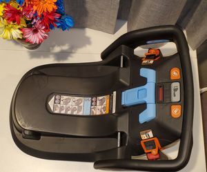 Uppababy Mesa Infant Car Seat Base for Sale in El Monte, CA