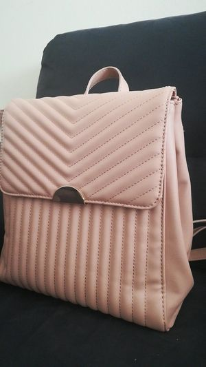 Pink backpack for Sale in Downey, CA