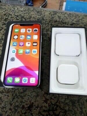 IPhone 11 pro max for Sale in Atlanta, GA