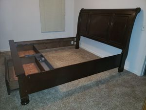 King/Cal.King sleigh bed frame for Sale in Richland, WA