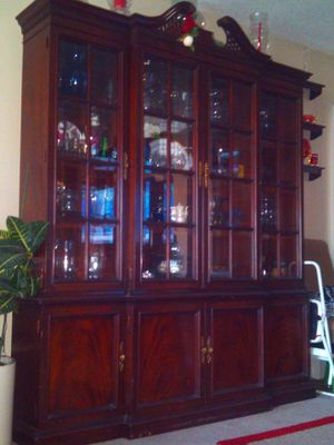 "China Cabinet 7'h x 6'l x 12""w for Sale in Aurora, CO"