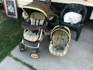 Graco Stroller AND Car seat Bundle Like New! for Sale in Madera, CA