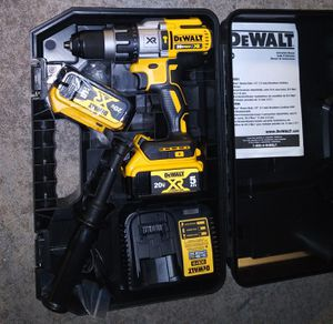 DeWalt 20v brushless hammer drill kit. for Sale in Moore, OK