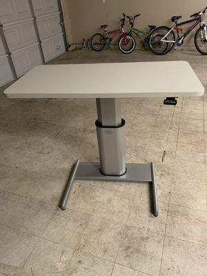 Steel case Airtouch table sale single or bundle for Sale in Visalia, CA