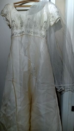 Wedding dress from House of Bianchi for Sale in Mountain Brook, AL