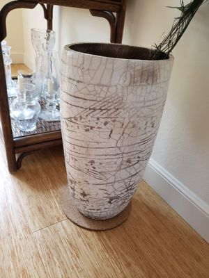 Exquisite tall vase with cracked glaze look for Sale in Richmond, CA