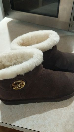 Michael Kors Boots size 7 for Sale in WILOUGHBY HLS, OH