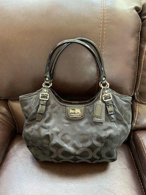 Black coach purse for Sale in Macomb, MI