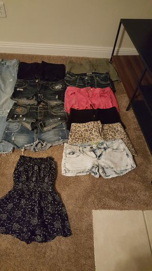 Women name brand clothes for Sale in Ocean Springs, MS