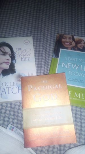 3 spiritual motivation books. One by Joyce Meyer. And one by Timothy Keller for Sale in Saint Joseph, MO