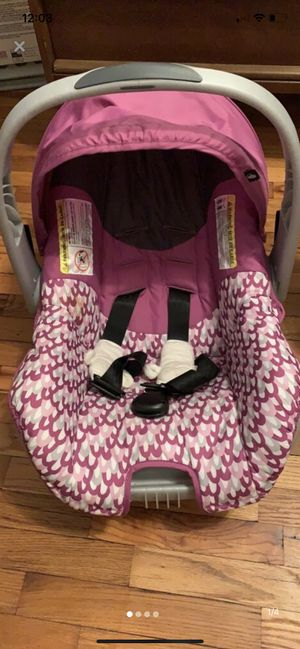 Infant Car Seat with Base and Strap Covers for Sale in Saint Joseph, MI