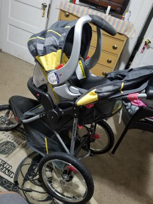 Baby Trend Expedition Jogger Travel System: Stroller, Infant Car Seat, & Base!! for Sale in Cleveland, OH