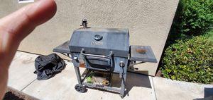 Bbq grill for Sale in Dinuba, CA