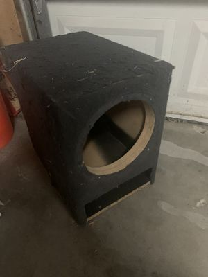"""10"""" Ported sub woofer box for Sale in Stockton, CA"""